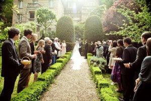 Don't go into debt as a wedding guest
