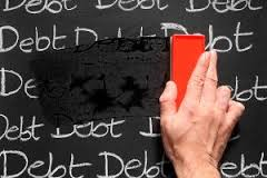 Canadians are deciding to reduce debt