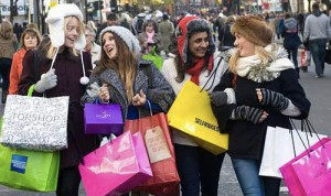 Canadians plan to spend $200 more on their holiday shopping this year