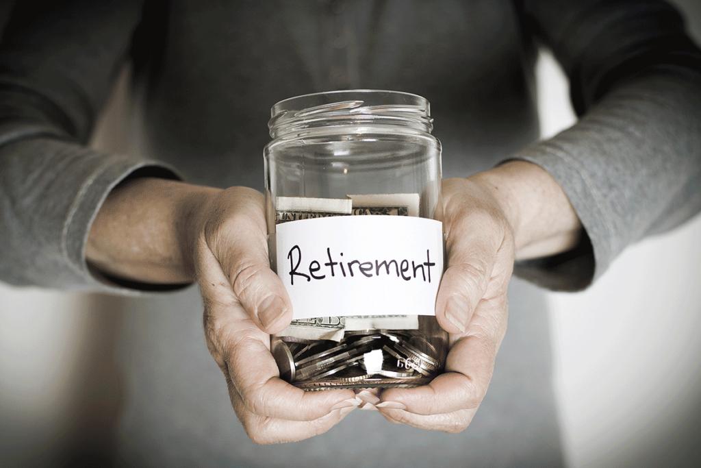 canadians-split-over-retirement_3