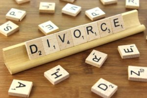 How to Deal With Credit Card Debt During Divorce